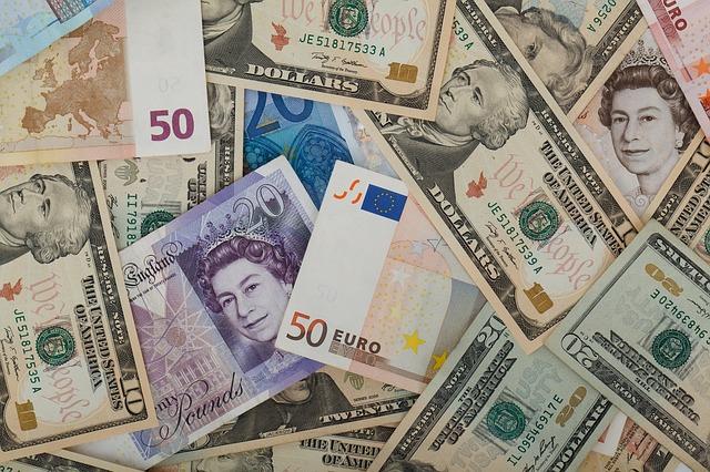 Manifest Money with Reiki