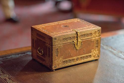 Reiki Manifesting Box