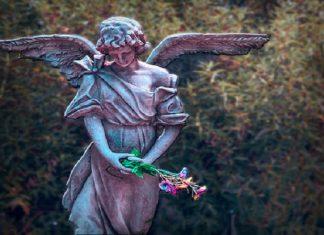 Archangel Jophiel means beauty of God