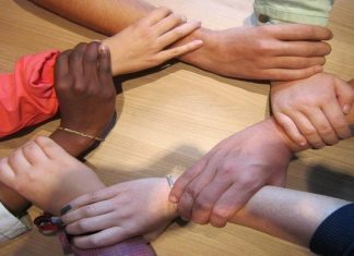 Participating in a Group Reiki Share