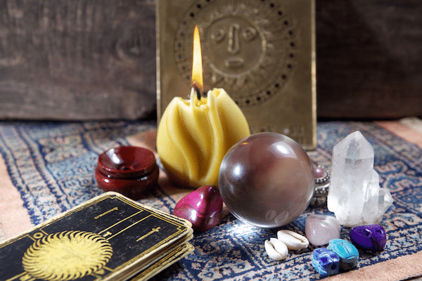 Cleanse, Charge and Connect with your Tarot through Reiki